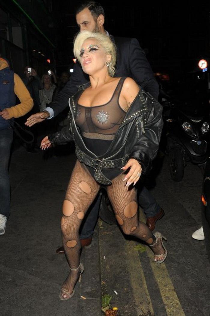 Леди Гага в очередной раз шокировала своих поклонников