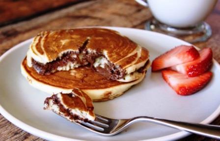 Как сделать блины с шоколадной начинкой