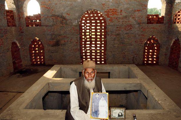 Pay-Taj-Mahal (1)
