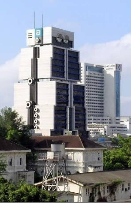 Здание робот