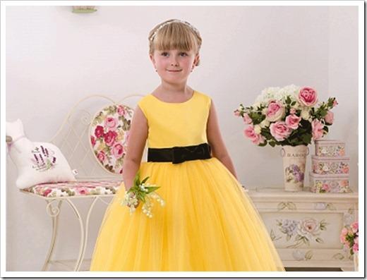 Как украсить платья девочки