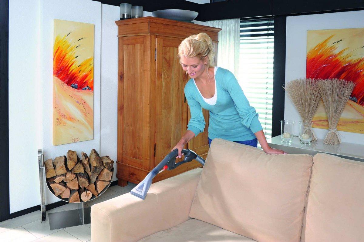 Как отмыть диван от пятен и разводов фото