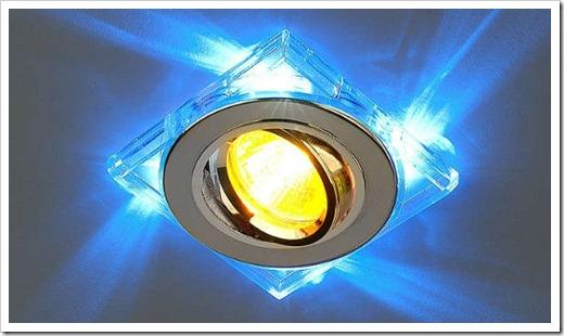 Вынимаем лампочку отдельно, без светильника